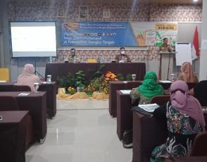 Kepala Dinas Perindustrian dan Perdagangan Provinsi Babel Sunardi, Membuka Pelatihan GMP dan HACCP Bagi IKM Bangka Tengah
